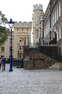 London138