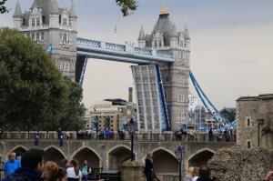 London152